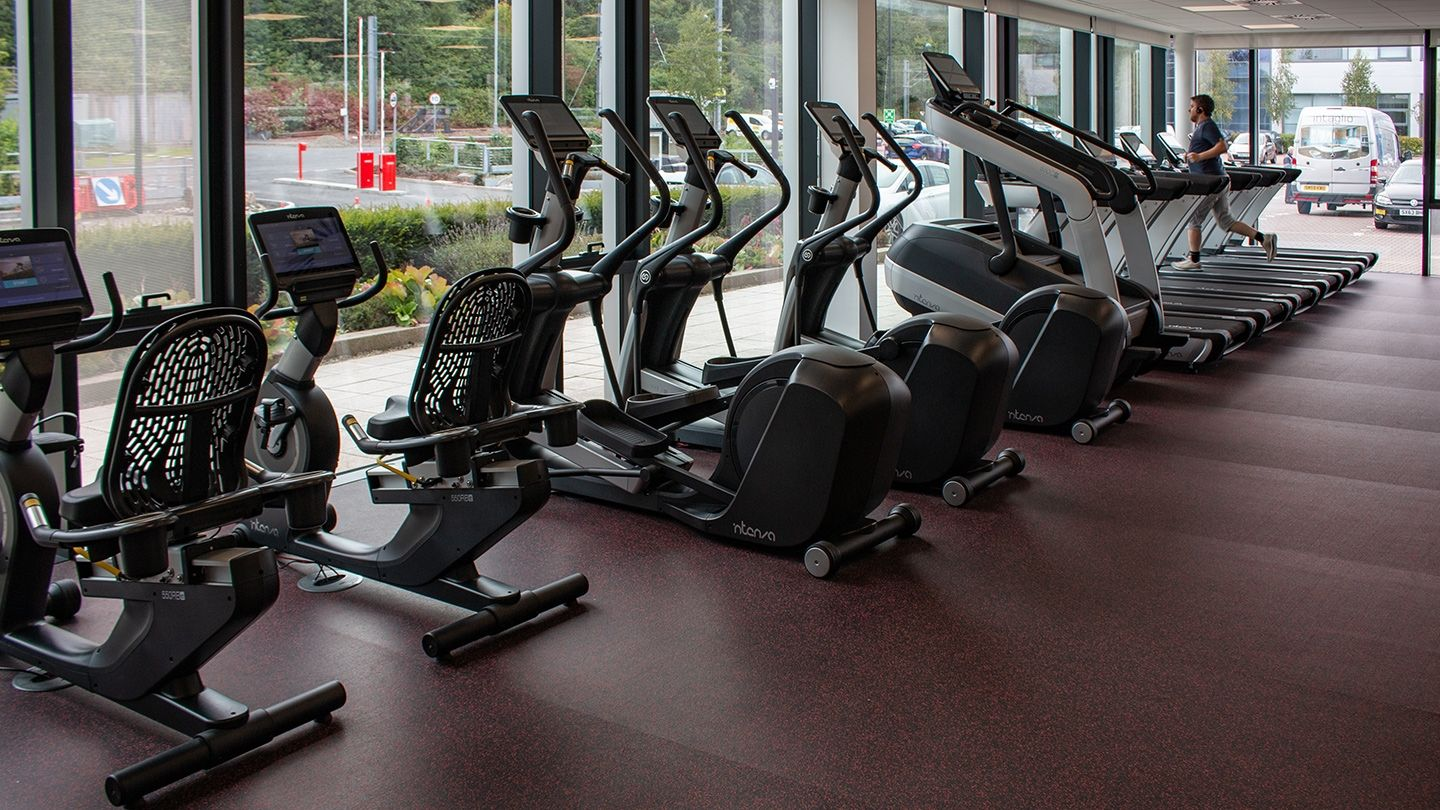 UWS Hamilton International Intenza Fitness Equipment