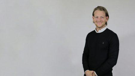 James Tizard Joins English Sales Team